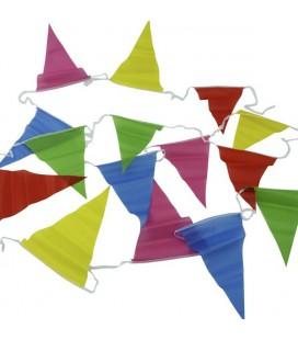 Vlaggenlijn stof gekleurd 6 mtr zak a 6 st. (lijn bevat 25 vlaggetjes van 25x20cm)