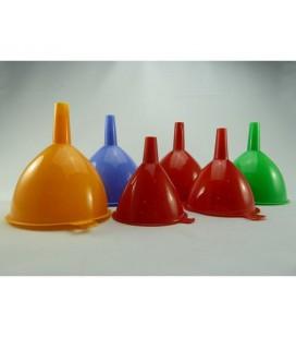 Trechters 3-delige set diameter 8cm, 9,5cm en 11cm. assorti kleuren