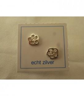 Zilveren oorsteker open bloem