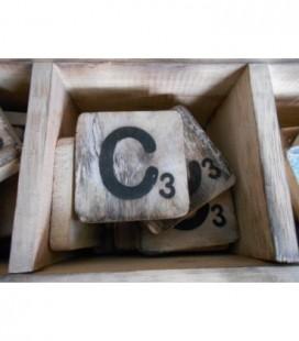 Scrabble letter C
